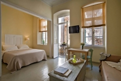 Antica Casa Suites - Superior Studio - First Floor - Mimosa
